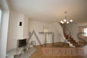 Pronájem rodinného domu, 4+1, 200 m2, bazén, Praha 5 – Řeporyje