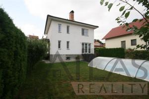 Pronájem rodinného domu, 4+1, 200 m2, bazén, Praha 5 - Řeporyje